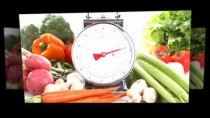 Fruit and Vegetable Fun: Attractive Healthy Food for Dinner.